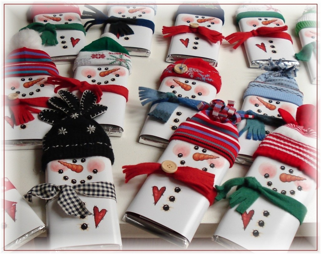 100 Days Of Christmas – Day 55 - Snowman Candy Bar Wrapper Free Printable