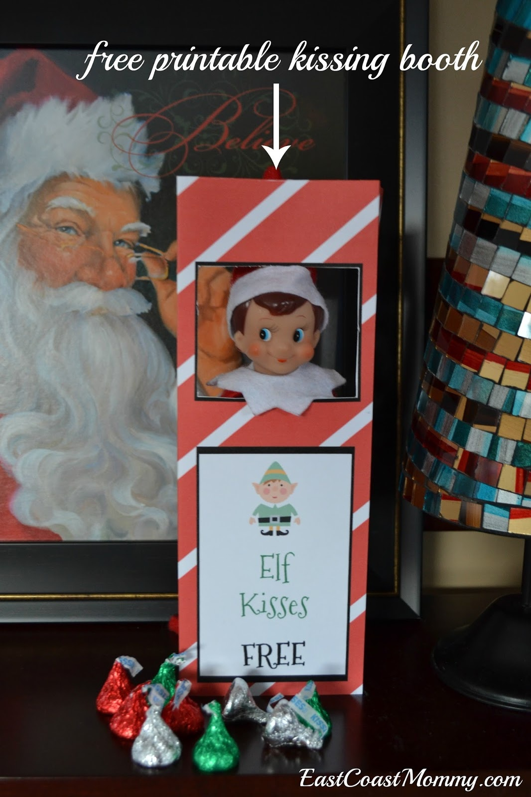 East Coast Mommy: Elf Kissing Booth (Free Printable) - Elf On The Shelf Kissing Booth Free Printable