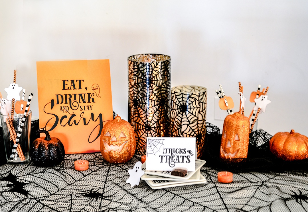 Free Printable Halloween Party Decorations - A&p Designs - Free Printable Halloween Party Decorations