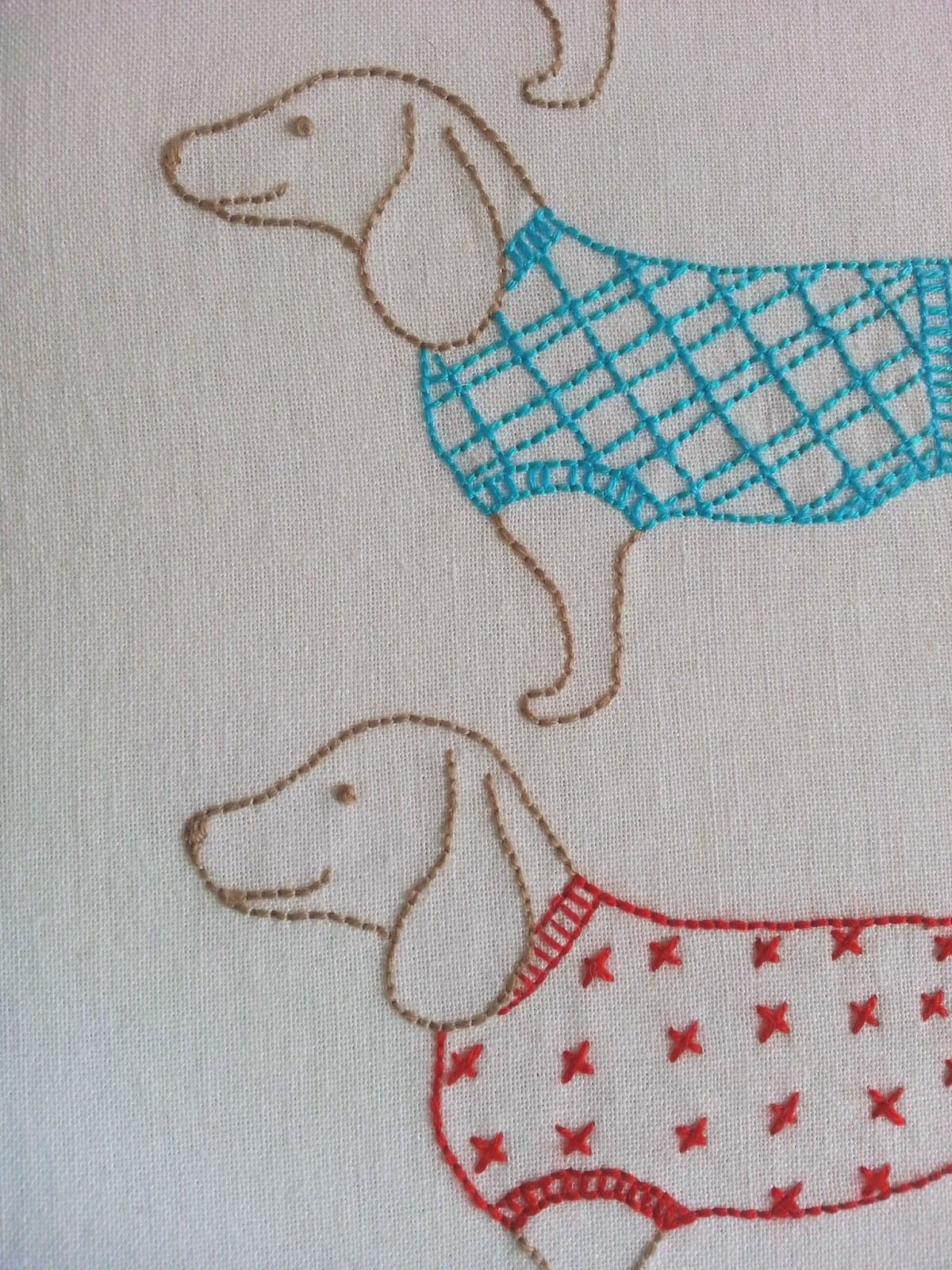 Ric-Rac: Moving On - Free Sausage Dog Embroidery Pattern | Crafts - Free Printable Dachshund Sewing Pattern