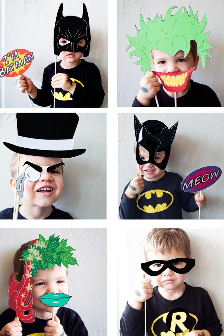 Free Printable Superhero Photo Booth Props