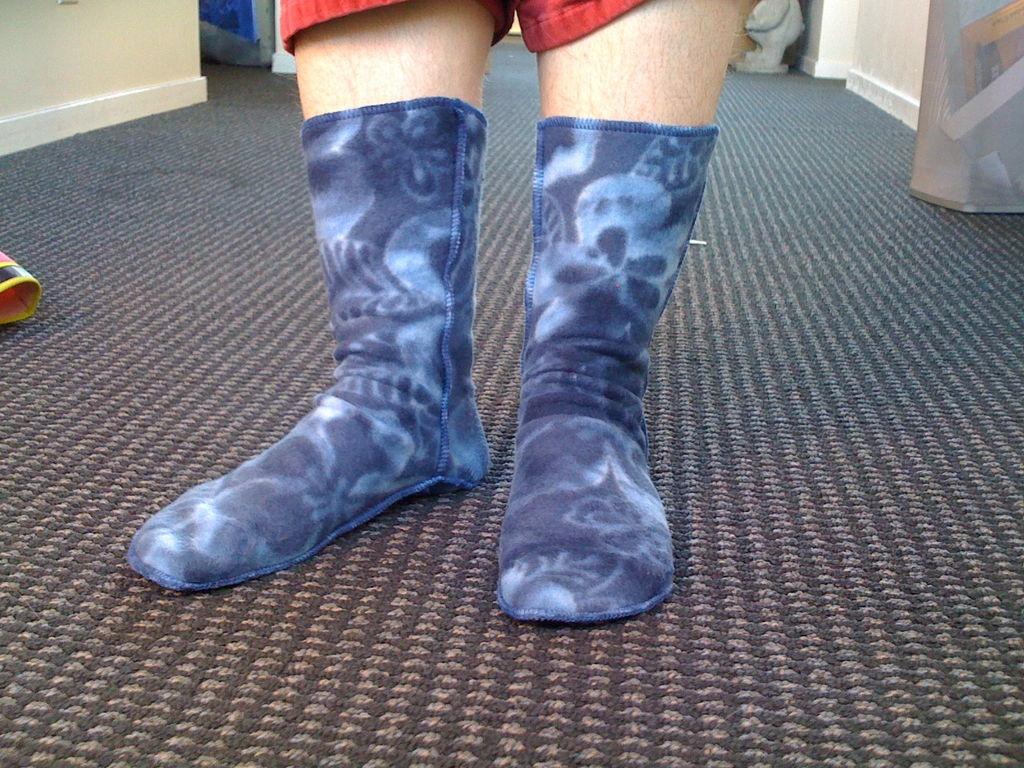 Cozy Socks From Polarfleece Blanket: 6 Steps (With Pictures) - Free Printable Fleece Sock Pattern