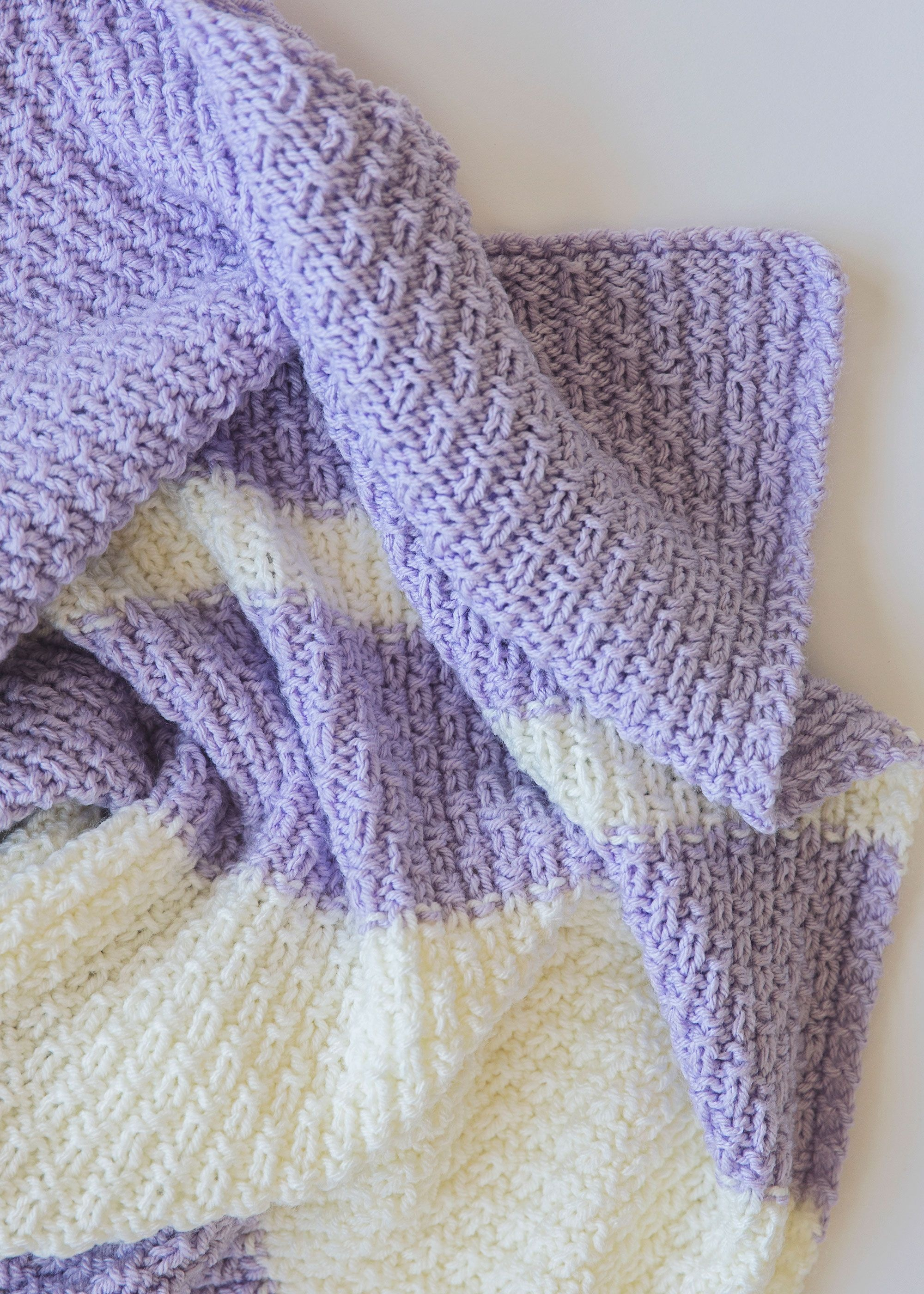 Easy Knit Baby Blanket Pattern | Knitting | Easy Knit Baby Blanket - Free Printable Knitting Patterns For Baby Blankets