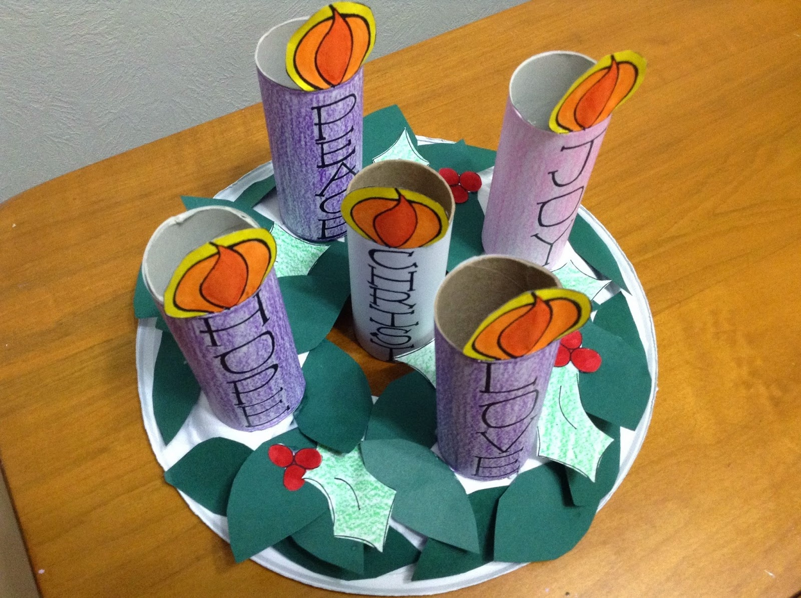Look To Him And Be Radiant: Kids' Advent Wreath- Free Printables - Free Printable Advent Wreath
