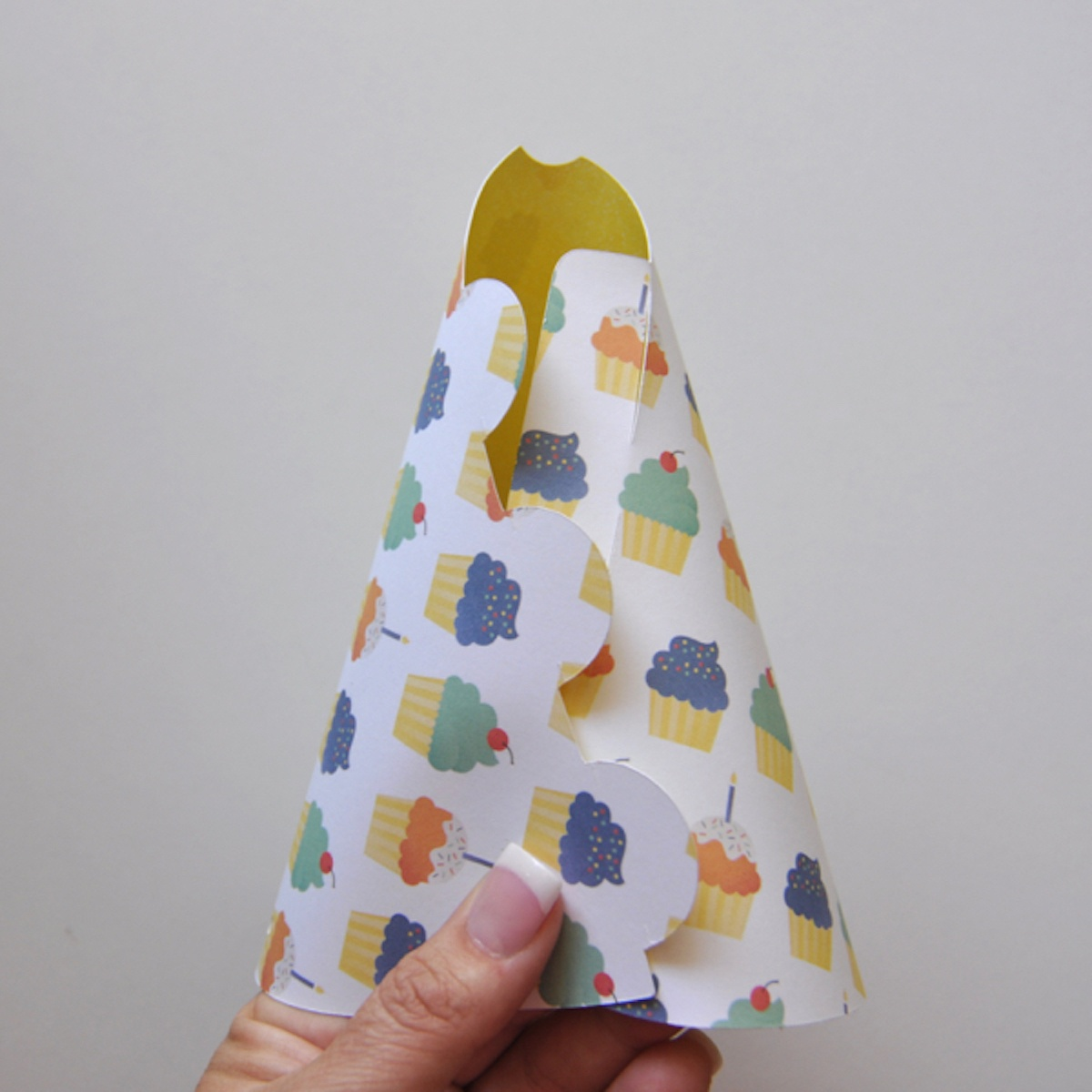 Party Hats {Free Printable Template}   We R Memory Keepers Blog - Free Printable Party Hat